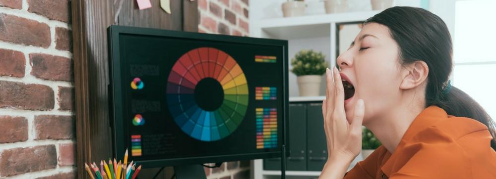 ¿Sabías que la luz azul de tu monitor altera tu ciclo de sueño?
