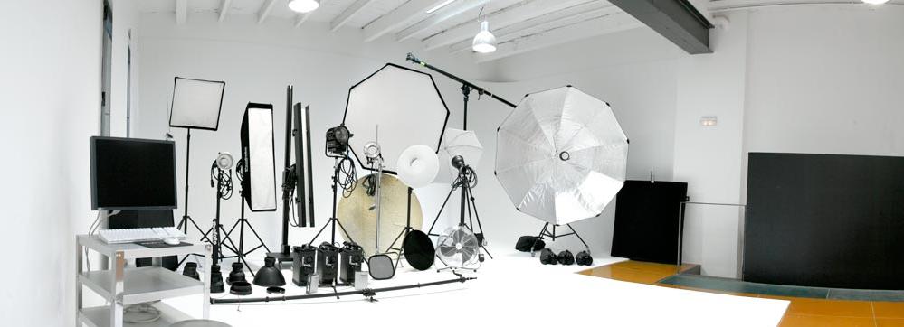 monitores6-elementos-que-todo-fotografo-debe-tener